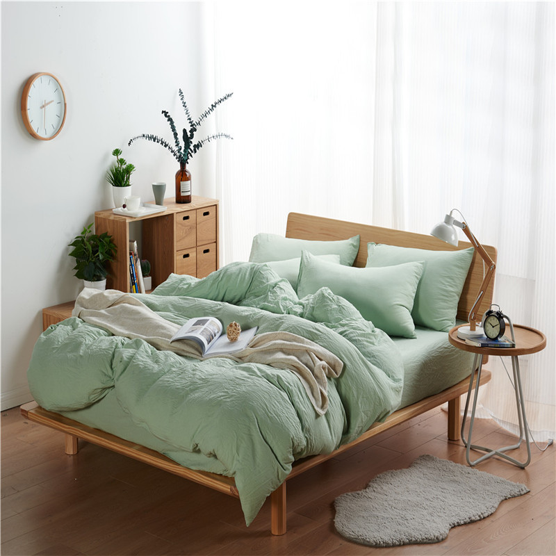 Green Solid Color Polyester Fiber Soft Comfortable Bedding Set 3 Size Bed Linens 4pcs/Set Duvet Cover Set Bed Sheet Pillowcase