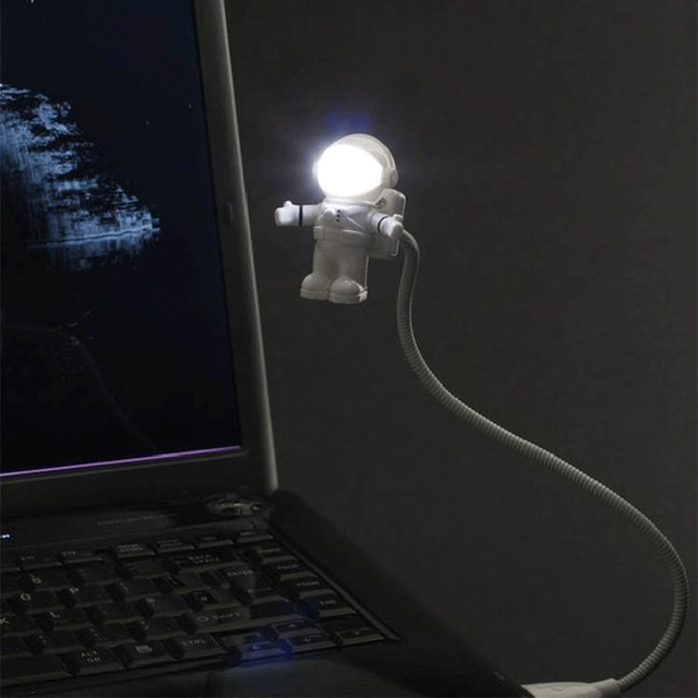 USB Plug Astronaut Shaped LED Desk Lamp