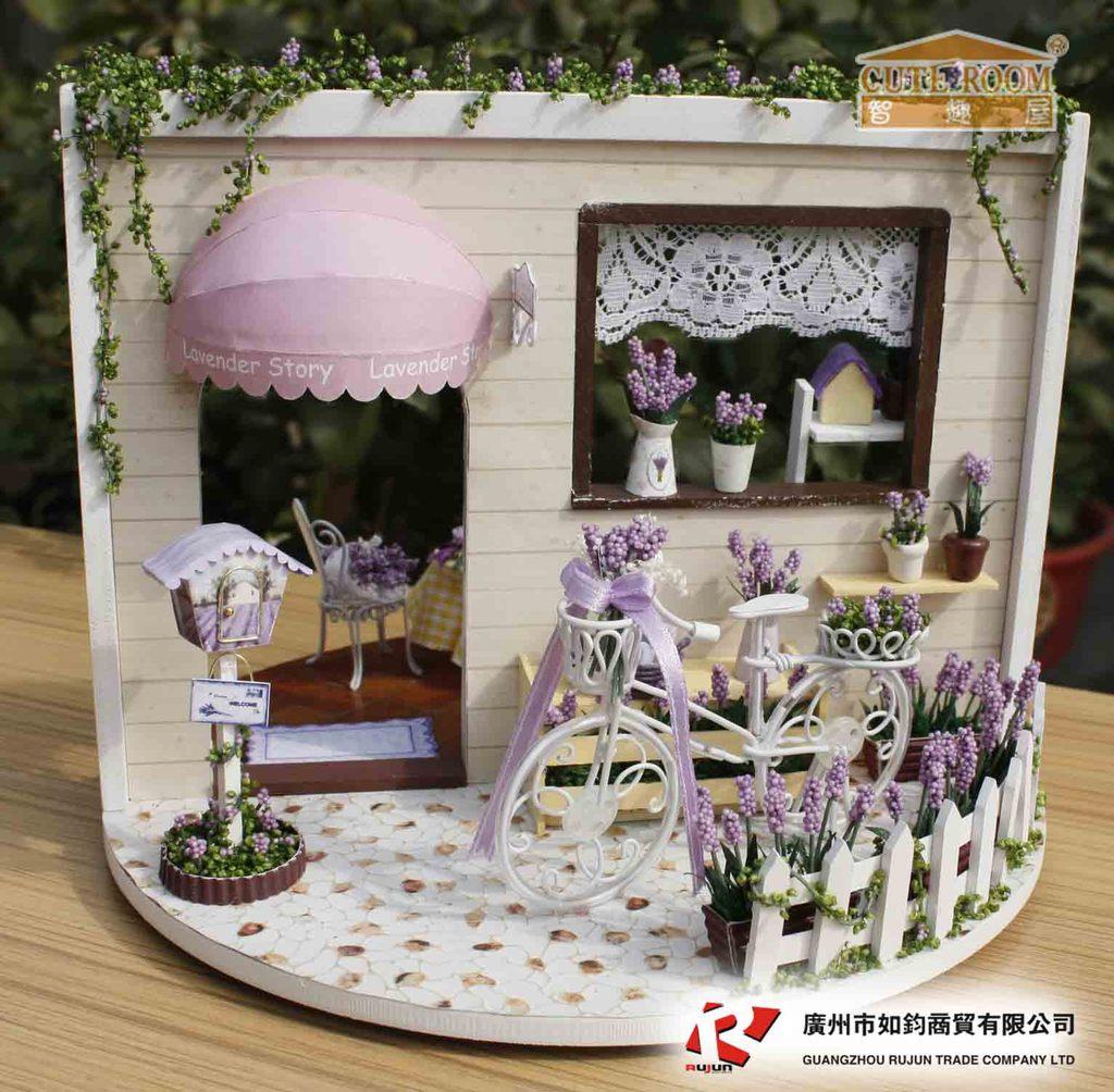 Nouveauté bricolage rotatif boîte à musique maison Miniature assembler Kits éclairage Miniature maison de poupée à la main en bois maison jouet