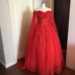 Walk Beside You Light Ivory Red Wedding Dresses Ball Gown Cheap Tulle Lace Applique Sequined Off Shoulder Long Sleeve Bride 2019 6