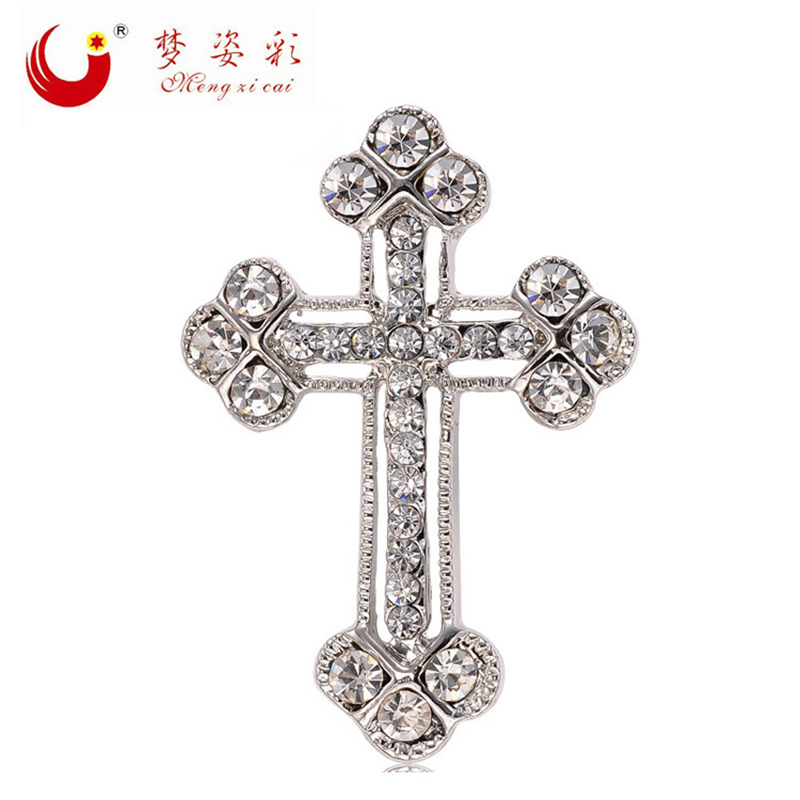 mziking New Fashion Vintage Silver Rhinestone Cross Brooch for Men Scarf Brooch Pin Bulk Crystal Crucifix Broches Jewelry Party