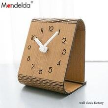 Mandelda New Design Portable Quartz Livine Room Traditional Wall Clock Sitting on Table Rustic Vintage American