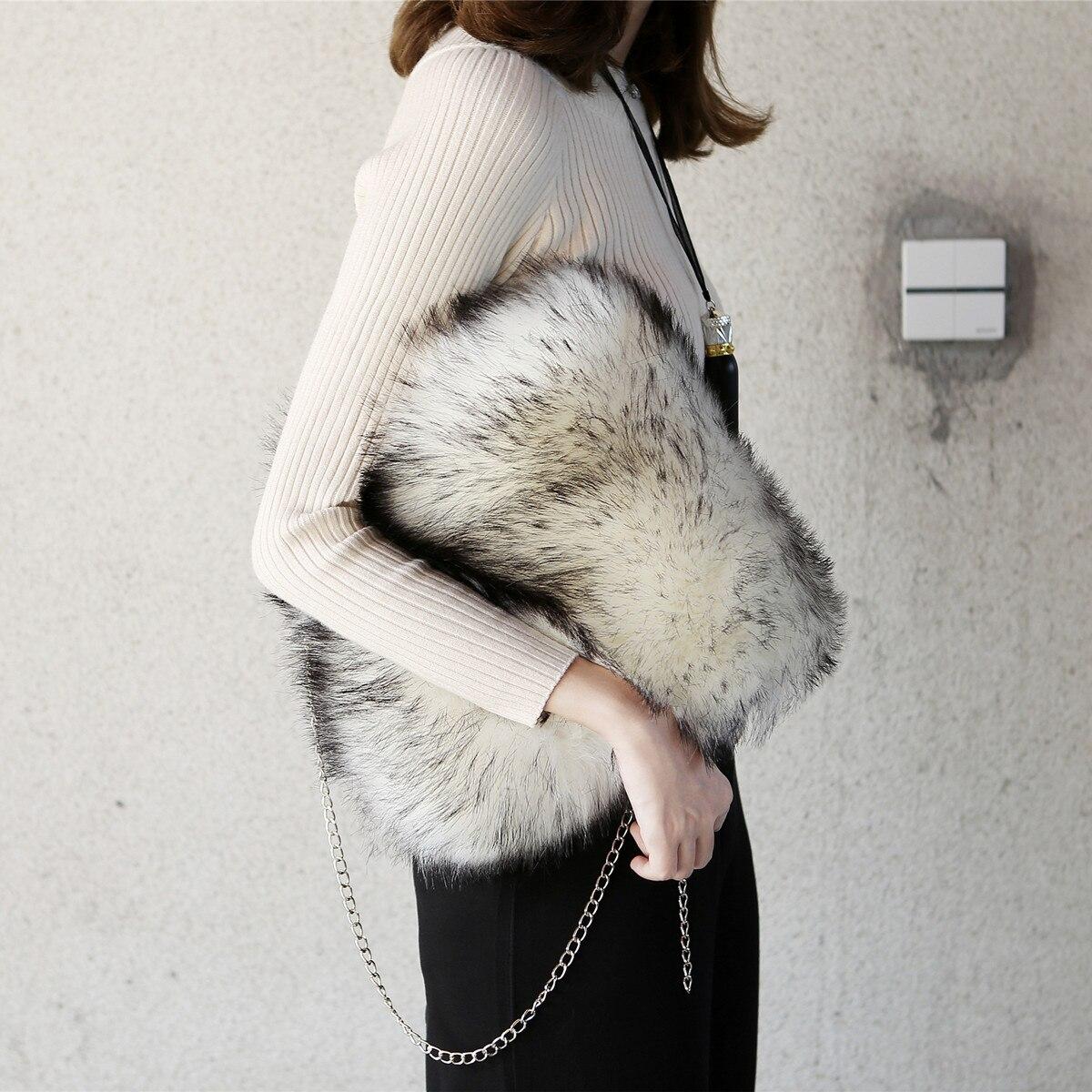 European Style Women Faux Raccon Fur Brief Cases Cute Fluffy Plush Vest Tote Bags Super Cute Multicolors Fur Soft Handbags