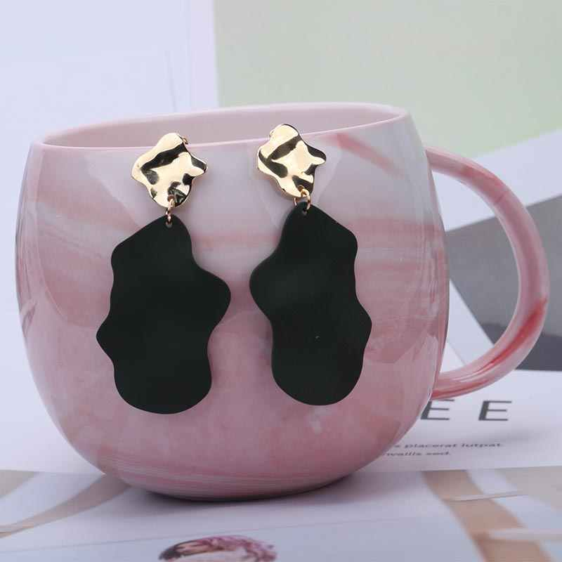 Irregular Metal Earrings Ethnic Statement Earrings for Women Korea Exaggerated Personality Alloy Irregular Black Earring EB393