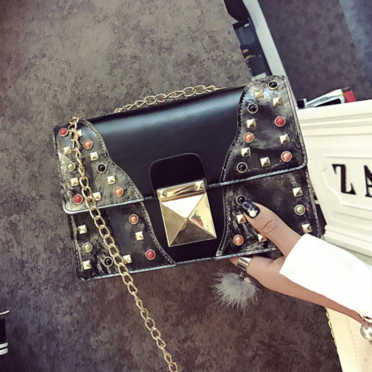 ФОТО Korean stley women rivet small flap chain bag mini rock cool single shoulder messenger bag personality punk crossbody bag