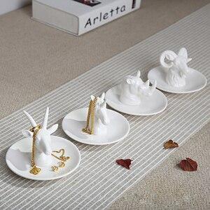 Image 5 - Nordic เซรามิคเครื่องประดับต่างหูแผ่นแผ่นดิสก์สัตว์ตกแต่งบ้าน home decor ยูนิคอร์นแรดสีขาวสดใส