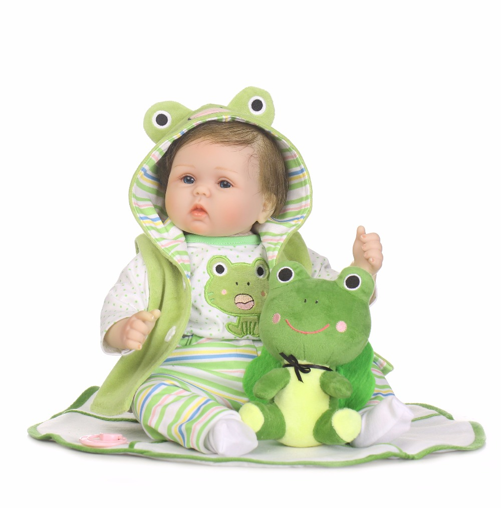 Hot Sale Cute 40cm Slicone reborn baby doll toy lifelike play house bedtime toys doll with  frog clothes brinquedos collectable Hot Sale Cute 40cm Slicone reborn baby doll toy lifelike play house bedtime toys doll with  frog clothes brinquedos collectable