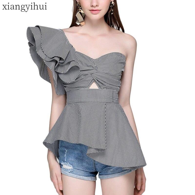 5931b43ec52164b Синий Полосатый Асимметричная рубашка Для женщин летние блузки с рюшами  Топы 2018 Мода Косой воротник без