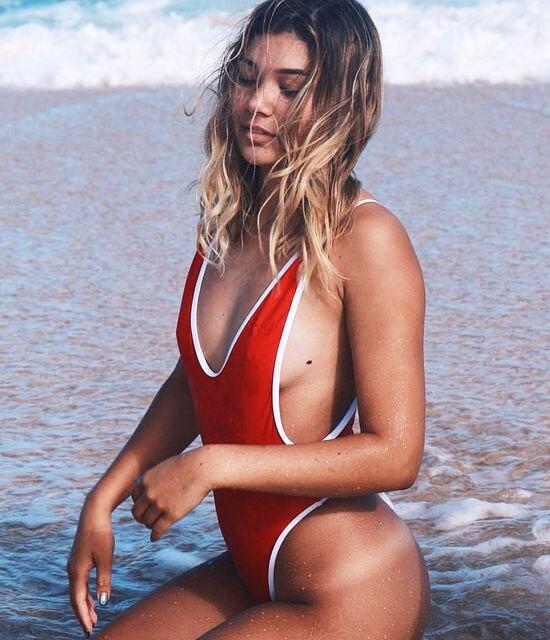 89acb247c142 € 5.1 13% de DESCUENTO|2017 verano rojo blanco patchwork una pieza traje de  baño Sexy Tanga traje de baño mujer Bikinis profundo Cuello V mono ...