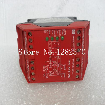 Safety Relay Preventa XPSAK351144 spot 1