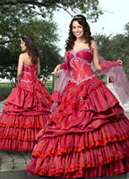 Custom Made Sweethert Quinceanera Dresses Floor Length Organza Burgundy Quinceanera Gowns Appliques Lace Up Prom For Girls
