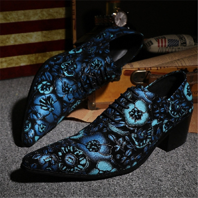 fc2f6f6fa172 Flowers Printing Leather Men Oxford Shoes Lace Up Mens Pointed Toe Dress  Shoes Fashion Men Formal Shoes Party Zapatos De Hombre