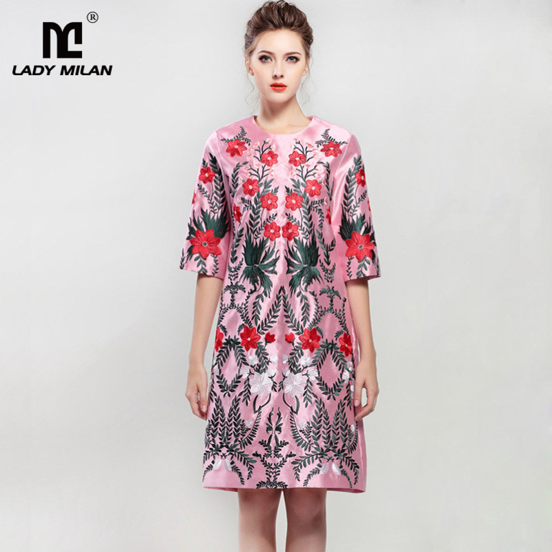New Arrival 2018 Womens O Neck 3/4 Sleeves Embroidery A Line Satin Fashion Dresses
