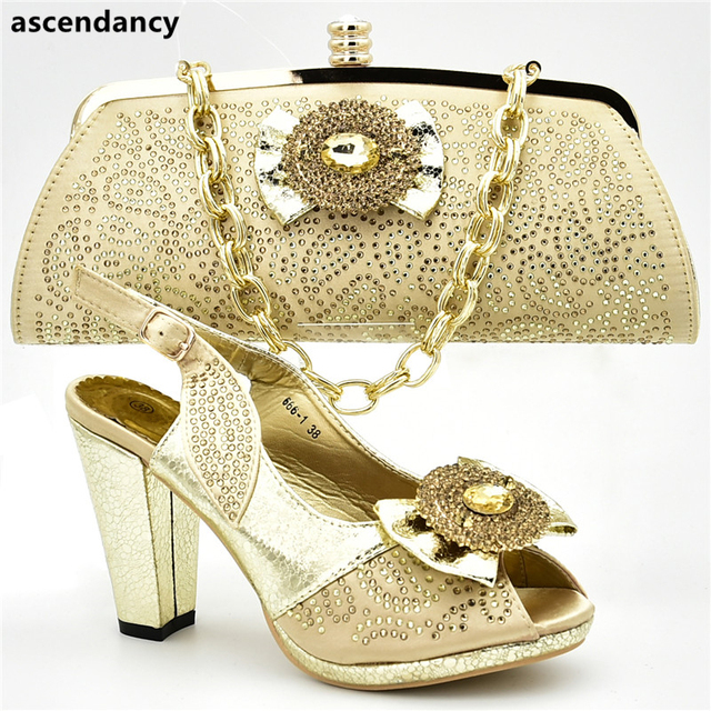 Nigerian Shoes and Matching Bags Elegant Italian Women Wedding Shoes with Bag Set Decorated with Appliques High Heels Pumps
