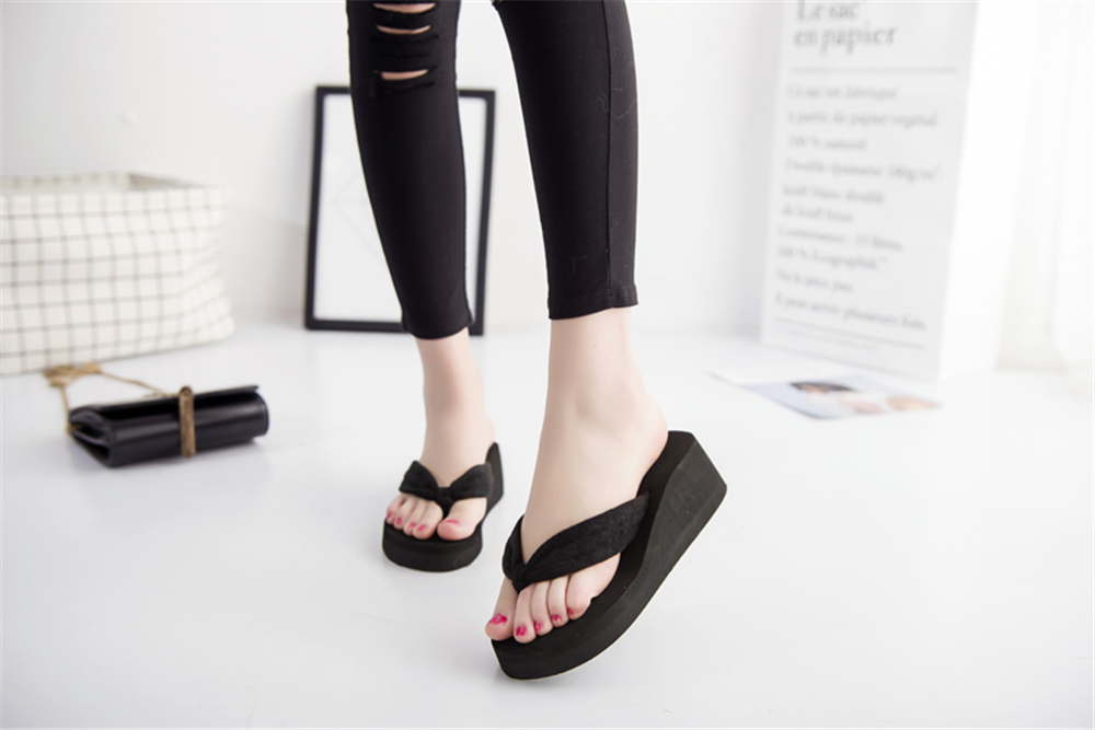 Hot Sale Soild Wedge Platform Flip Flops Woman Shoes 2017 Women Summer Shoes High Heels Beach Sandals Ladies Thick High Pantufas women beach flip flops soild wedge platform shoes summer slippers women shoe high heels beach sandals ladies thick high pantufas
