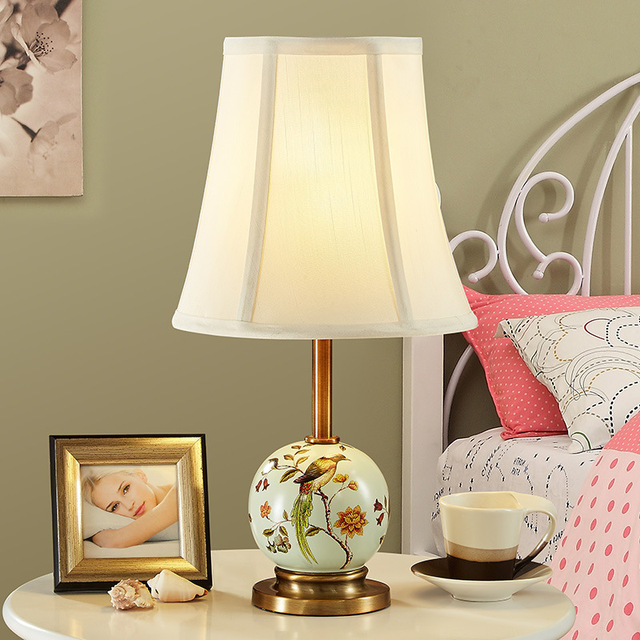 YOOK 220V 110V E27 American Ceramic Table Lamp Hand-painted Flower and Bird Ceramic Table Lamp for Bedroom Living Room