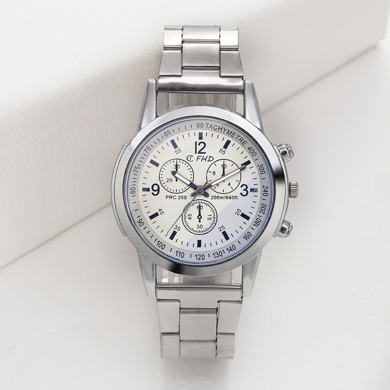 New Men Blue Light Coated Glass Glass Alloy Quartz Watch Alloy Strap Bracelet Clasp Round Watch