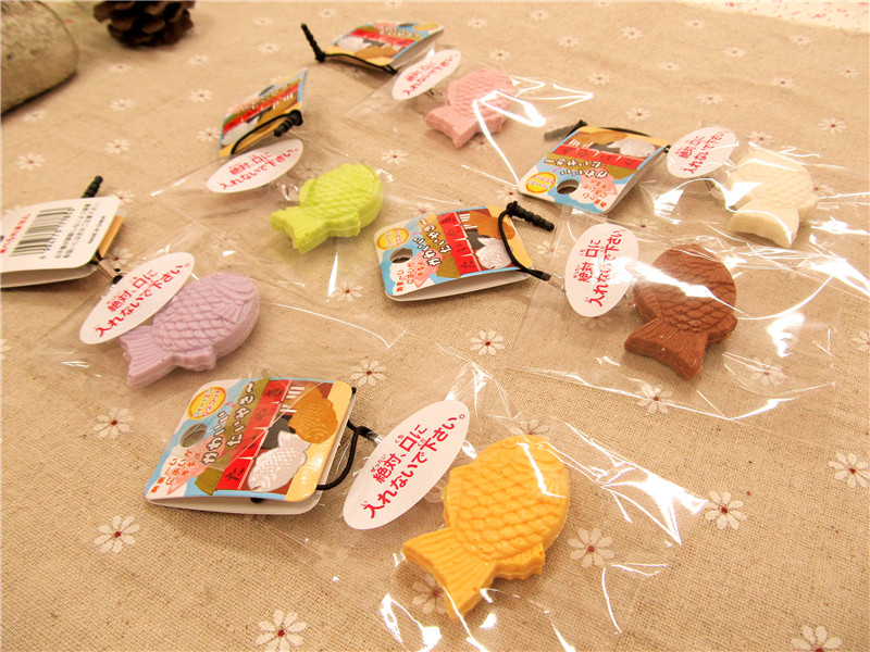 Kuutti Squishy Random One Piece Lovely Mini New Japan Original Fish Biscuit Toy Squishy Strap Charm Dust Plug With Tag