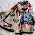 Echarpes Fulares Femme 2016 Otoño Invierno Bufandas Chales Y Bufandas de Seda Del Gusano De Seda Pura Impresa Pluma Playa Poncho Feminino