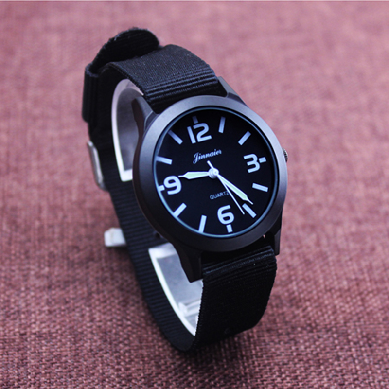 Watches Men Cool Calendar Watches Nylon Fabric Canvas Men Sports Watch Students Dress Hours Wristwatch