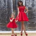Conjunto Vestidos Para Mãe E Filha Família bonito da Luva do Tampão Mini Red Vestidos Curtos Prom 2016