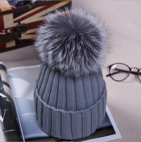 Cute Casual Women Beanies Warm Winter Knitted Caps Crochet Hats With Silver Fox Fur Pom Hat MS-16