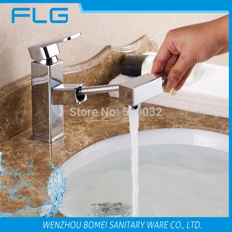 ФОТО European Solid Brass Bathroom Faucet Hot and Cold Basin Faucet Torneira Pull Out Bathroom Water Tap Single hole Mixer Tap Faucet