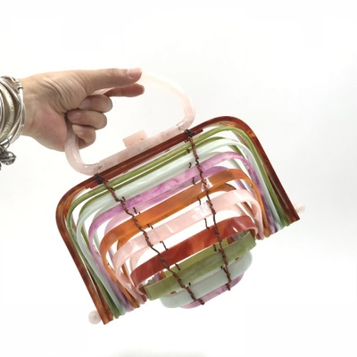 2018 New Brand Mini- Second Gram Force Hand Bag Vacation Sandy Beach Hollow Out High Archives Bamboo Weaving Acrylic Clutch Bag цена