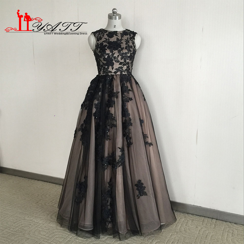 Vestido de fiesta 2016 Immagine Reale Abendkleider Vintage Arabo Style O-Collo Nero Appliques Splendido Abito Da Sera Prom Liyatt