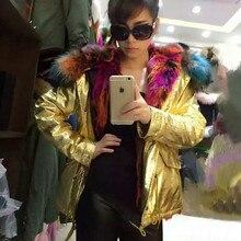 Женщины зимнее пальто толстые теплые красочные multi искусственного меха внутри куртки енот меховой воротник капюшоном золото/щепка кожа jakcet