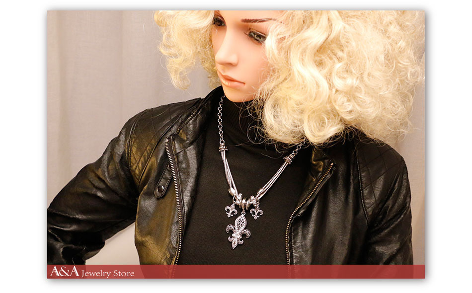 AE1353ND-T09-760X540necklace