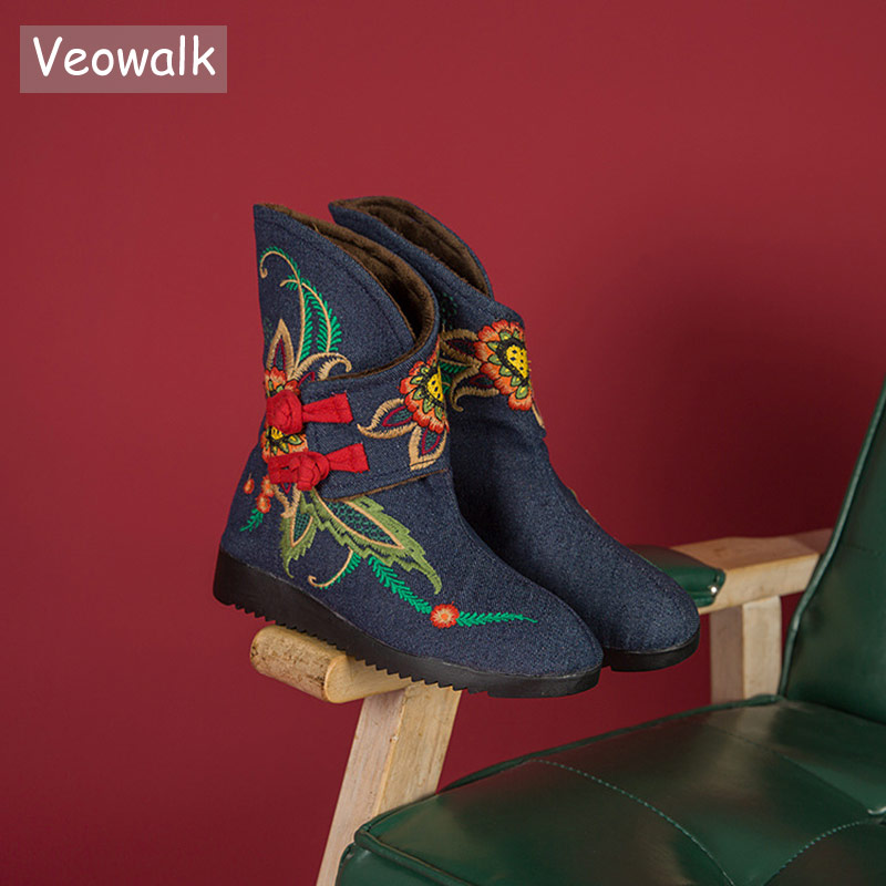 цена на Veowalk Winter Warm Lining Vintage Women Denim Cotton Short Snow Boots Chinese Buckles Embroidered Ladies Flat Mid-Calf Shoes