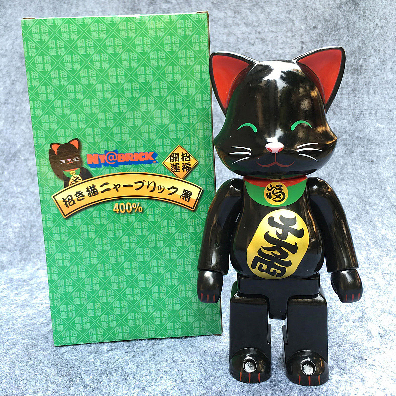 Hot Selling 400% Be@rbrick Cos New Black Lucky Cat Bearbrick Action Figure With Retail Box bearbrick be rbrick 400% 28cm milky lucky cat pvc vinyl art figure with retail box