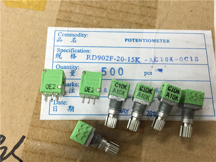 Original new 100% import RD902F-20 C10K A10K dual resistance dual potentiometer with midpoint handle 15mm (SWITCH) original new 100% japan import evbjxbd15460 track 90cm straight rod sliding potentiometer dual a20k 2 axis 15mm switch