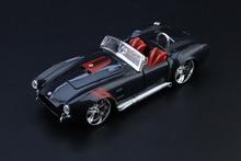 1:24 diecast car model 1967 shelby cobra 427 v8 motor alloy model boys gift toys for kids and children for collections