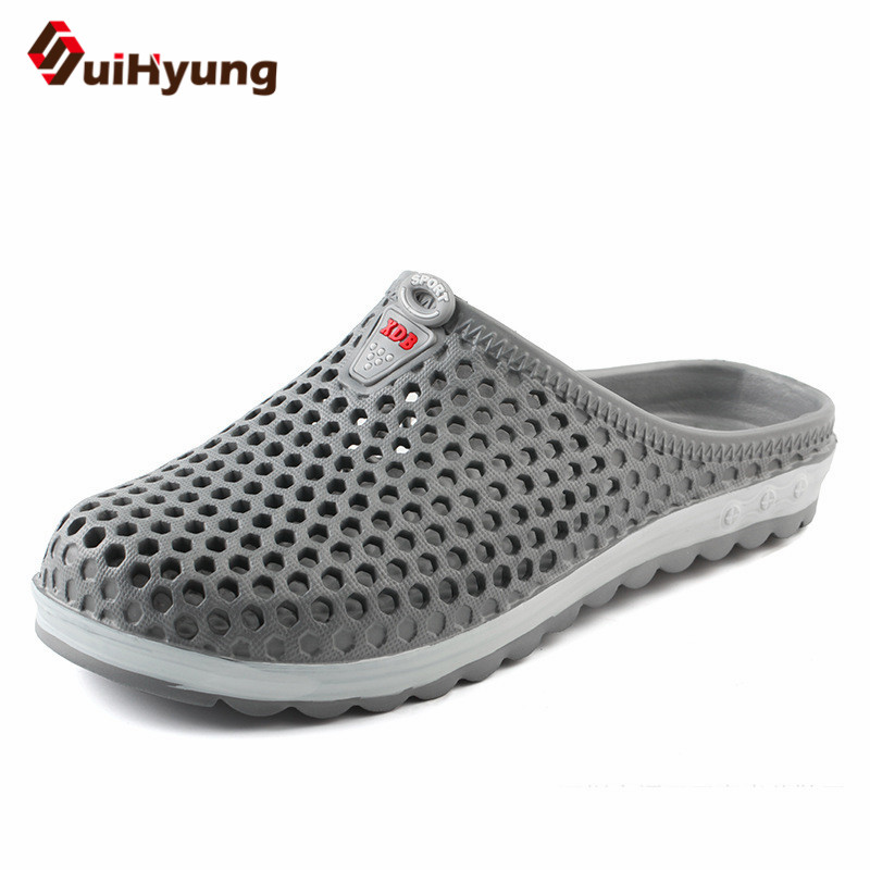 Suihyung 2018 New Men Summer Shoes Breathable Mesh Hole Beach Slippers Non-slip Home Bathroom Flip Flops Casual Sandals Slides uexia new men sandals summer style men beach shoes hollow slippers hole breathable flip flops non slip sandals men clogs outside