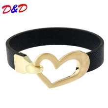 все цены на 2017 New Style Monogram Heart Leather Bracelet Hottest For Women Christmas Gift Accessories Wholesale онлайн