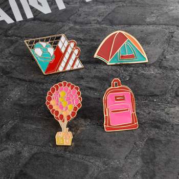 Cartoon Enamel brooch pin button Fashion Backpack Tent Swimming pool Hot air balloon Jacket Lapel pin badges Yuri on ice Jewelry signage