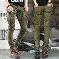 2016 Diseñador de Los Hombres de Verde Negro Biker Jeans elástico Mens Slim Fit Stretch Flaco Pantalones Denim Militar Biker Jeans Runway