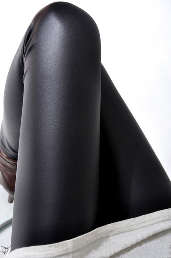 Black-women-leggings-faux-leather-high-quality-slim-leggings-plus-size-High-elasticity-sexy-pants-leggins (2)