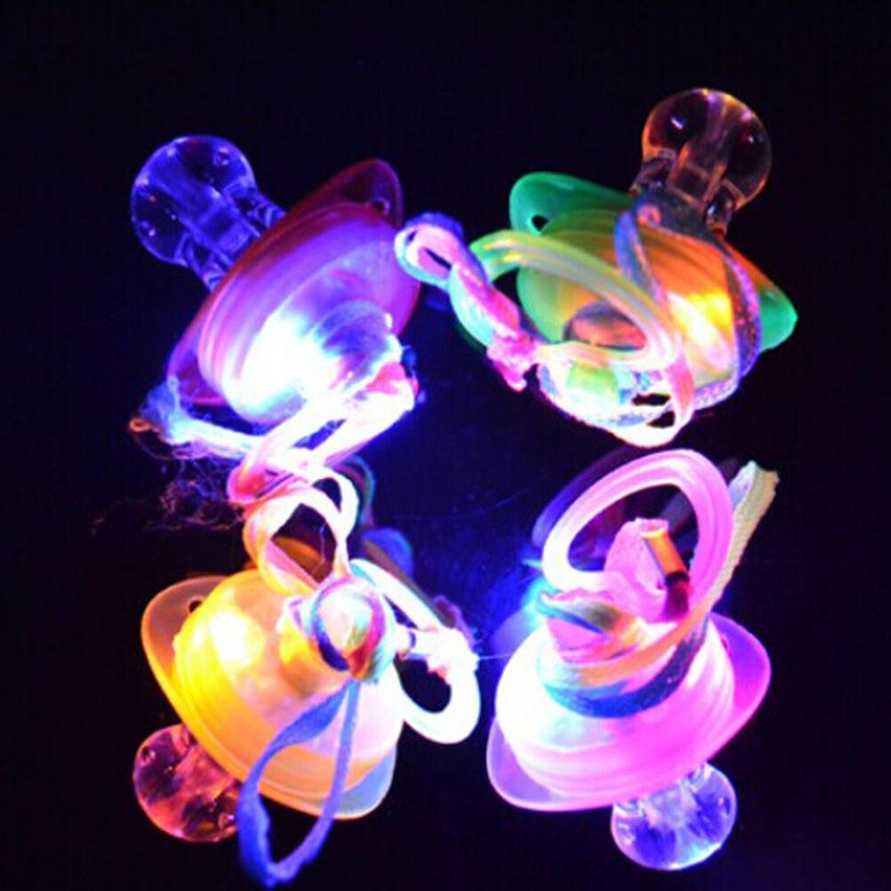 Led Flashing Baby Schnuller Kleinkind Kieferorthopädische Nippel Pfeife Blitz Leuchten Sticks Partei Liefert Spielzeug Schnuller Pflege Zufällig Elegant Im Stil