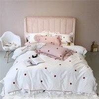 Ins ГОРЯЧАЯ sweety сердце принцессы клубника вышивка Королева Король Размер постельного белья розовый белого цвета постельное белье пододеяль