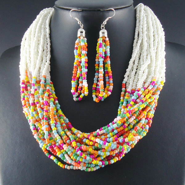 2014 New Unique Design Multicolor Resin Fashion Choker