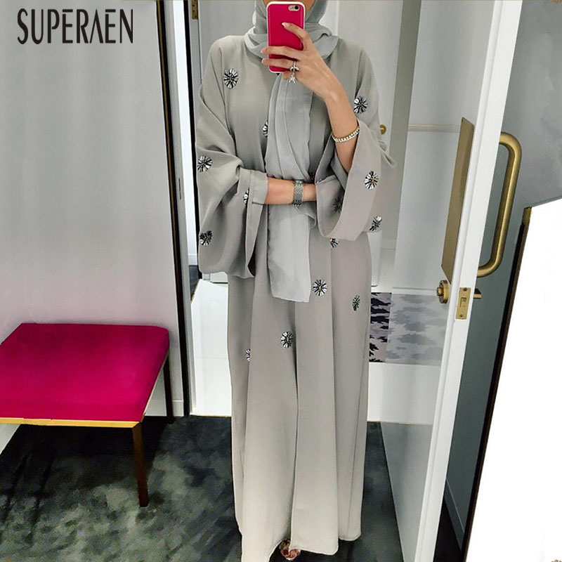 SuperAen 2019 Fashion Spring And Autumn New Women Long Shirt Wild Casual Europe Ladies Blouses Embroidered Robe Female