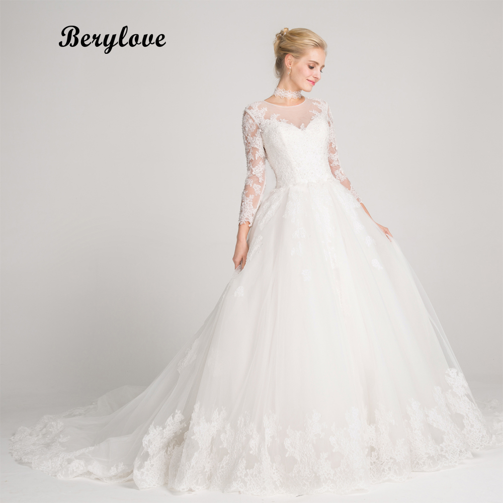 BeryLove Long Sleeves A Line White Wedding Dresses 2018 Beaded Lace Wedding Dress China Women Styles Elegant Wedding Gowns