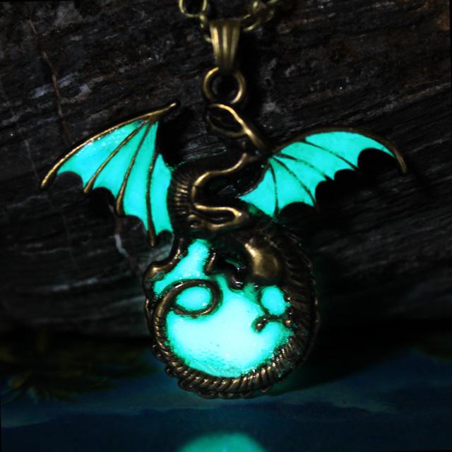Game of Thrones Luminous Dragon Pendants