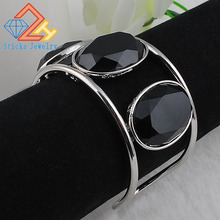 Big Cuff Bracelets For Women New Trendy Plated Round Jewelry Hollow Design Wide Bangles Bracelets  new luxury cuff design high qualtiy carter bracelets
