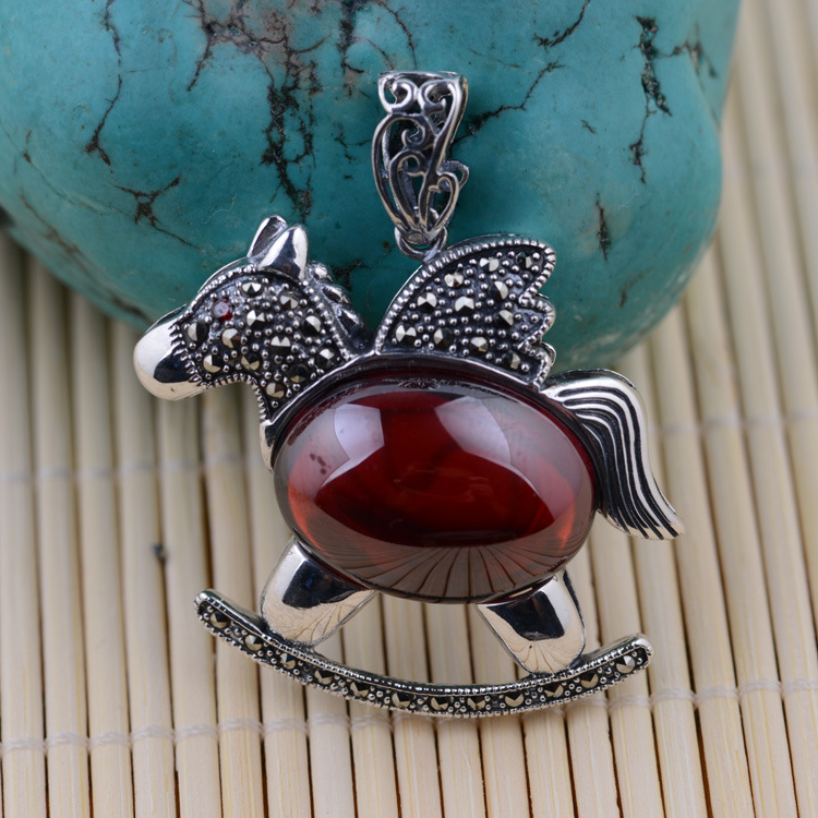 S925 wholesale sterling silver this animal year antique female red zircon Trojan