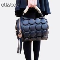 2019 женские сумки бостонские сумки дамы кнопка с кисточкой курьерские Сумки кожа на плечо дизайнер сумка мешок клатч Bolsas