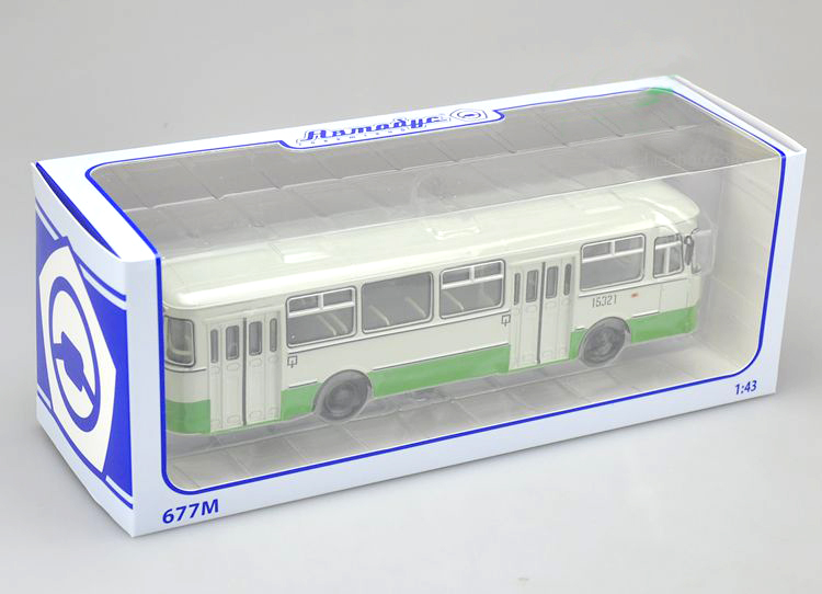 1:43 Original Russian 677M bus model green Alloy bus model Collection model